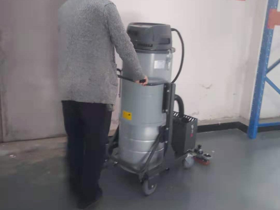 工业气动防爆吸尘器