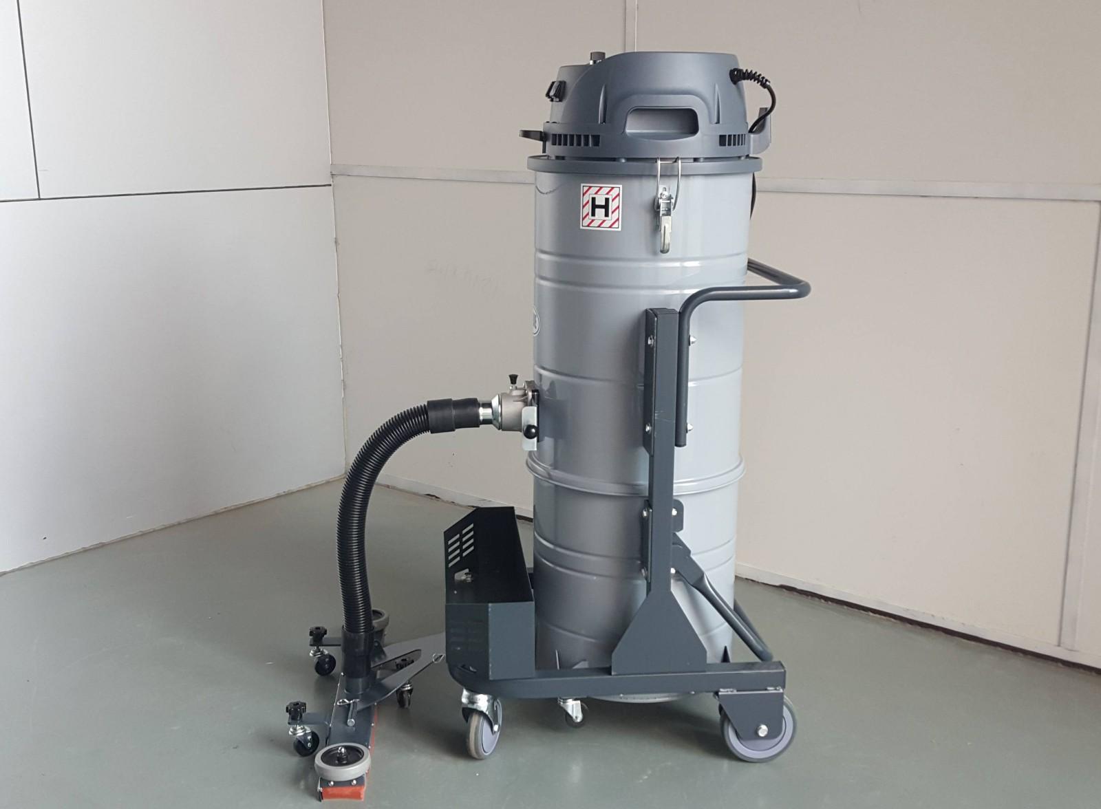 电瓶式工业用吸尘器在纺织厂的使用